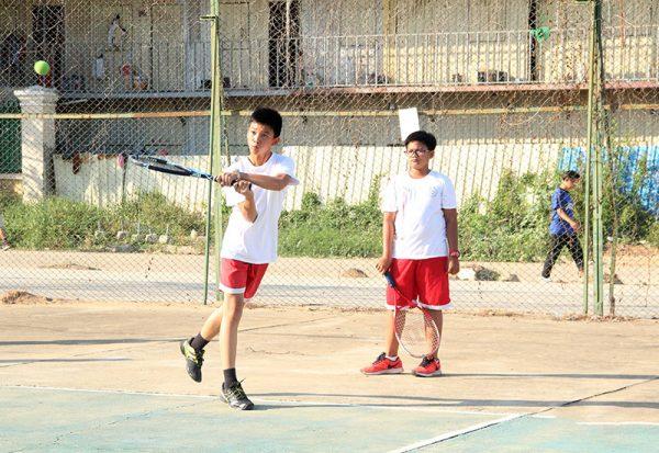 កីឡាវាយកូនបាល់ / Tennis